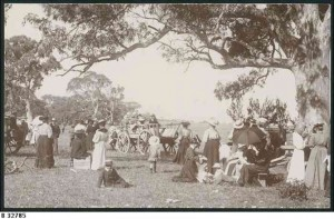 Sunday School Picnic near Quorn, around 1900.